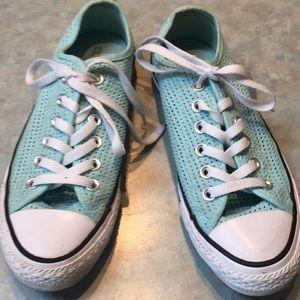 Converse light blue runners